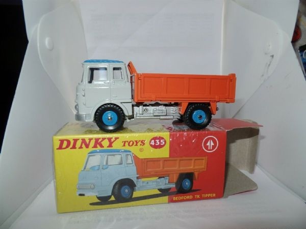 Atlas French Dinky 435 BEDFORD T.K. TIPPER GREY ORANGE BRAND NEW.